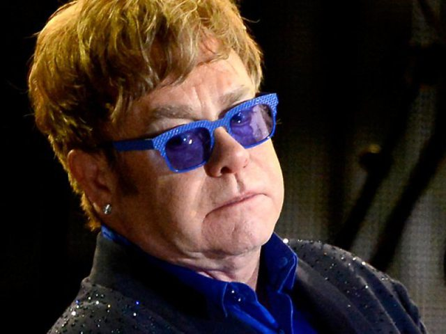 Elton John szerint 10 év múlva eltűnik az AIDS