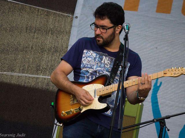 Pszichológiai versenyt nyert a Tücsökraj gitárosa