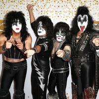 Életrajzi filmmel búcsúzik a Kiss
