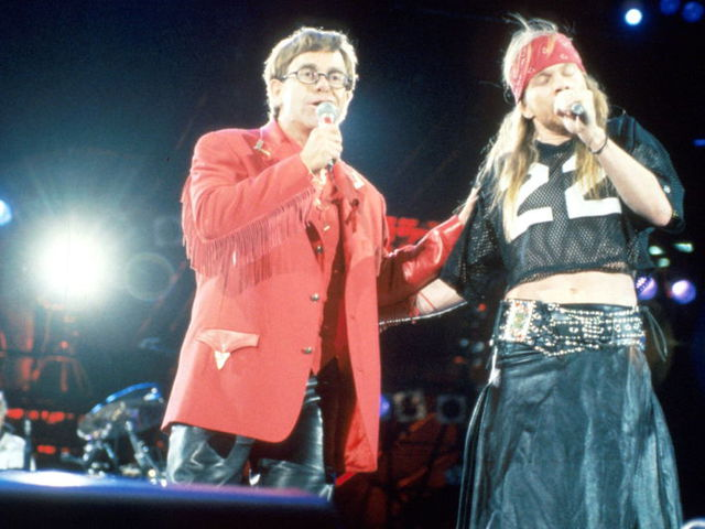 Elton John: a botránydal ellenére sem homofób Axl Rose