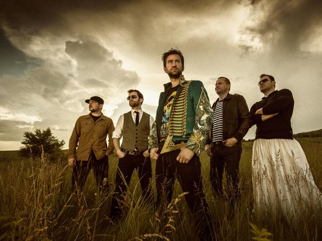 Kerekes Band: 12 számos zenei utazás egy képzeletbeli világban