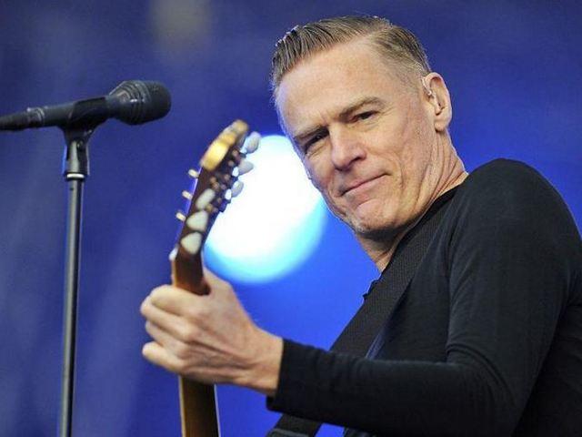 Ingyenes Bryan Adams koncert lesz Budapesten