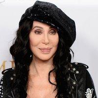 Zumbával készül Cher a búcsúturnéjára