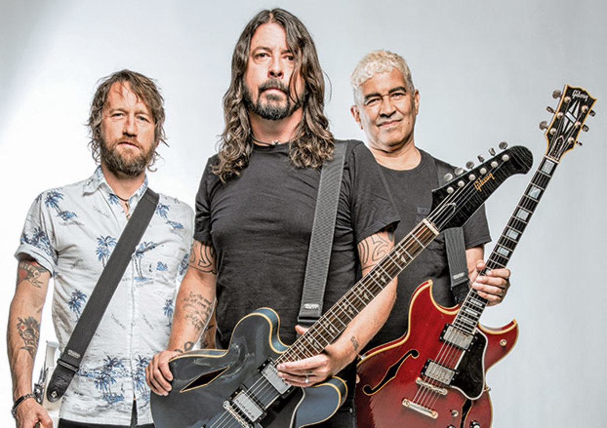 13. Dave Grohl, Chris Shiflett, Pat Smear (Foo Fighters)