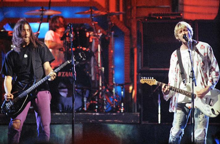 1992-ben már a csúcson van a zenekar, az MTV Video Music Award átadóján a legjobb alternatív videónak és a legjobb új előadónak járó díjat is besöprik.