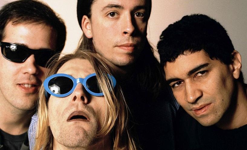 1994-ben egy negyedik taggal, Pat Smear gitárossal kiegészülve turnéznak. Egy rövid pályafutás utolsó pillanatai ezek.