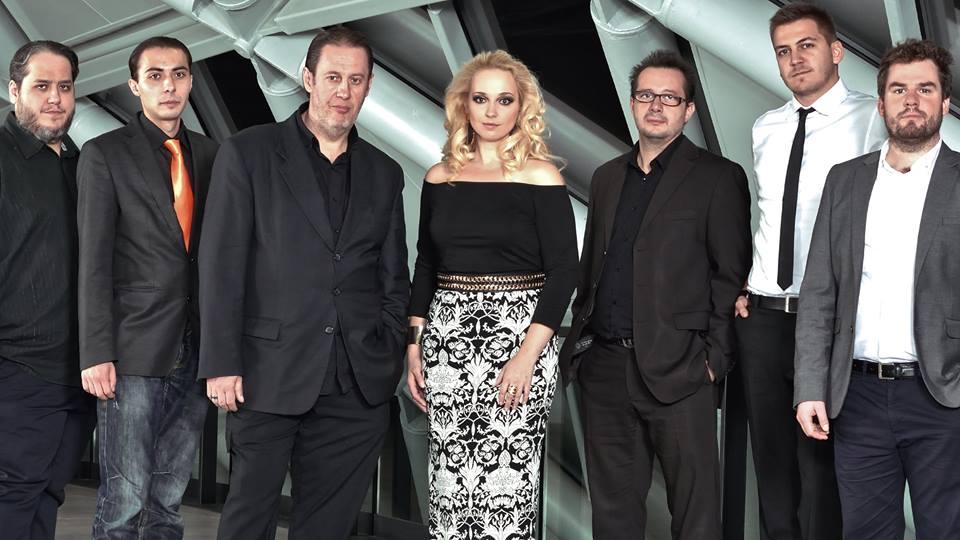 Balázs Elemér és József<br />A Balázs Elemér Group dobosa Elemér (balról a harmadik), a testvére (bal szélen) pedig billentyűs hangszereken játszik.