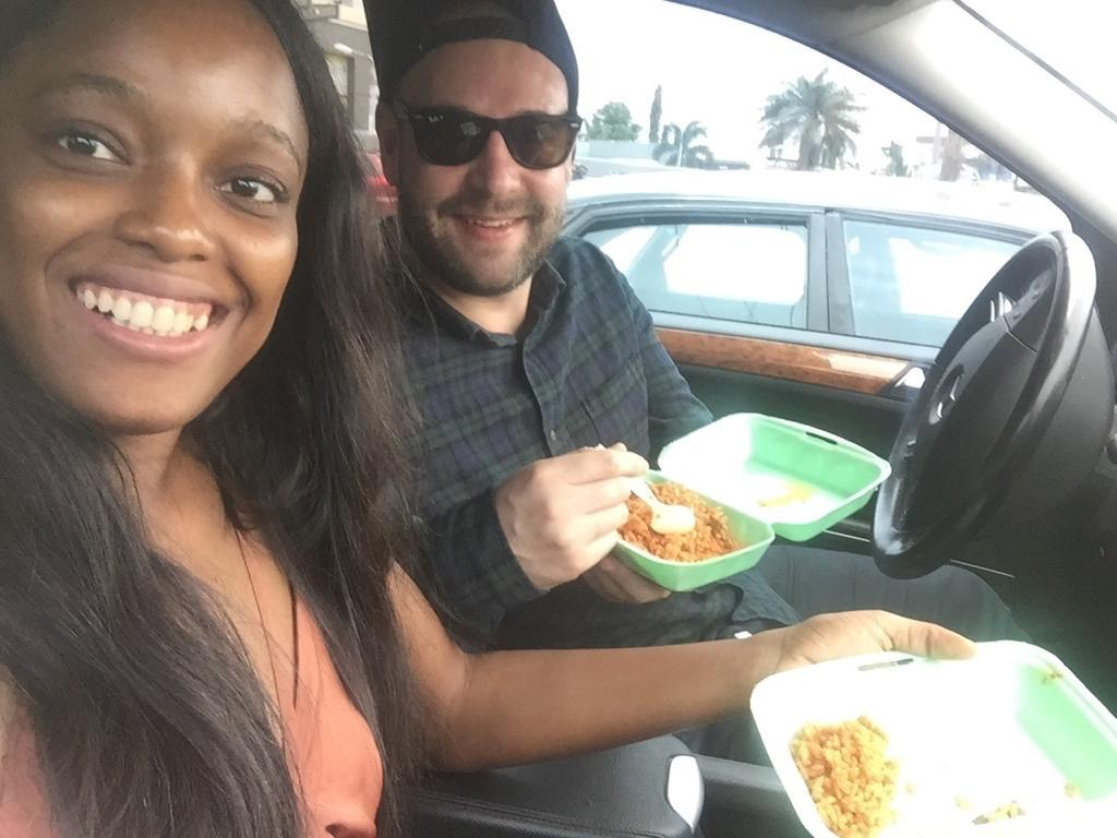 Igazi nigériai street food, a szuper csipős Jollof Rice