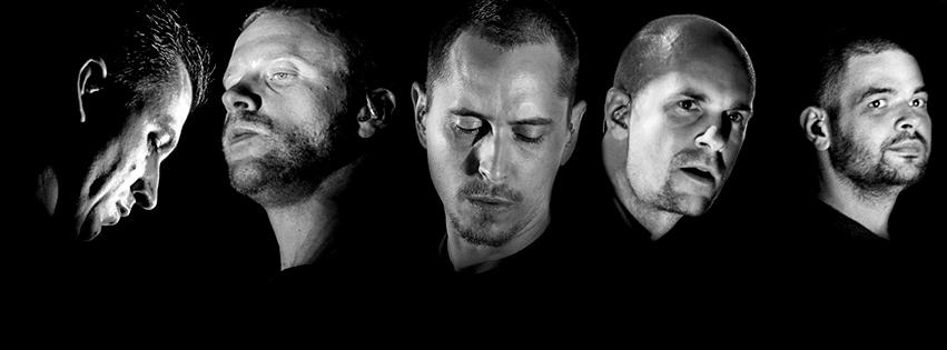 Hock Attila és Zoltán<br />A Vad Fruttik ritmusszekciója, Attila (jobbról a második) dobol, Zoltán (balról a második) basszusgitározik.
