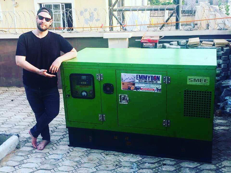 Máriusz élete első áram generátorával