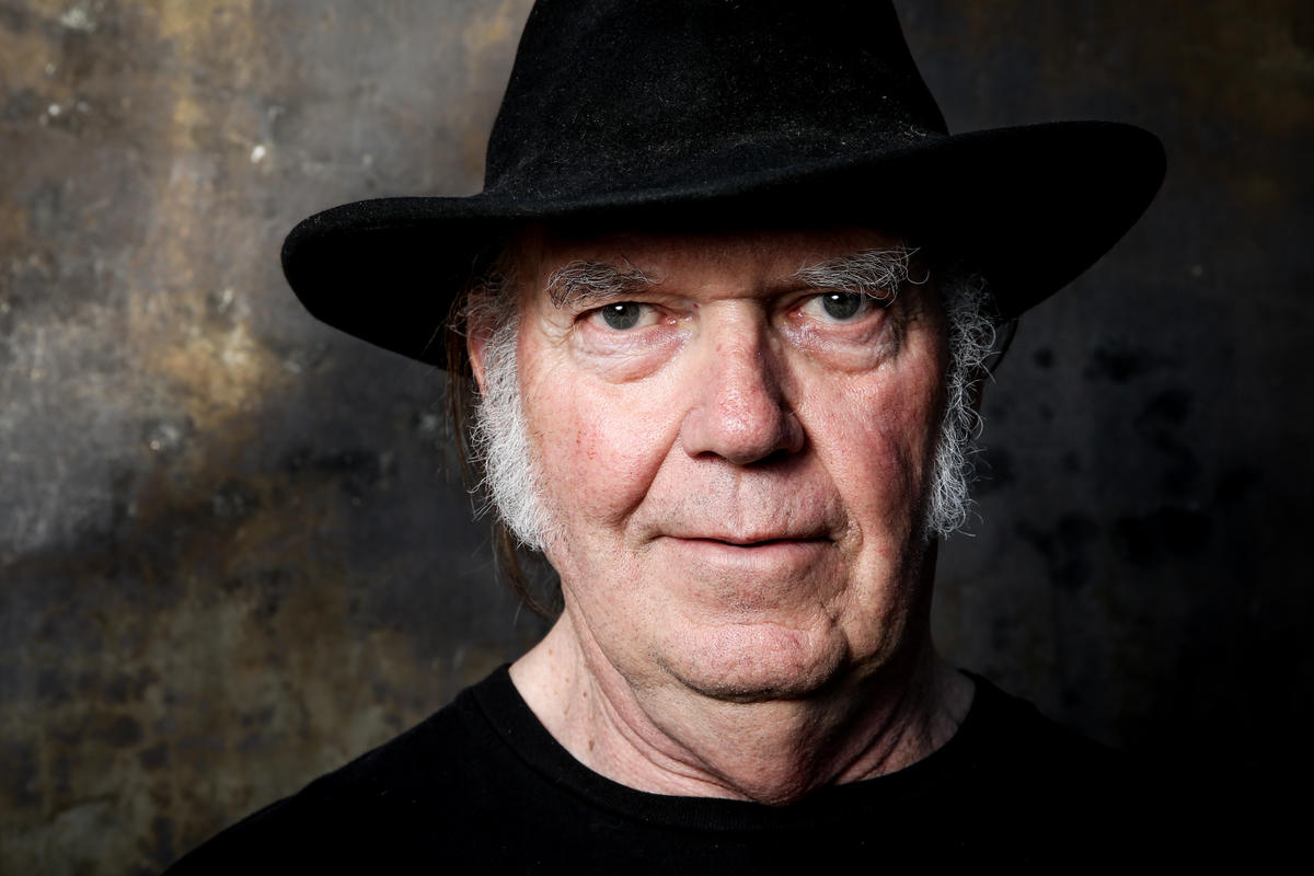neil-young_lead_kep.jpg