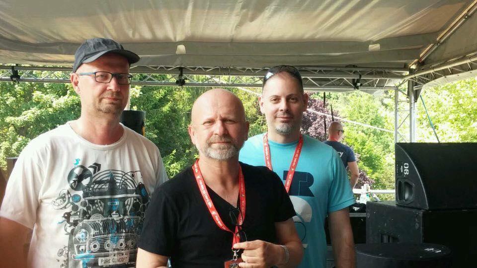 Prieger Zsolt és Szabolcs <br />Zsolt (középen) az Anima Sound System zenei agya, Szabolcs (bal szélen) szintén szerző, aki nemrég tért vissza a csapathoz.