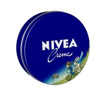 A NIVEA meseországba repít...