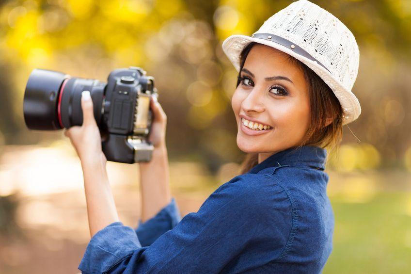 woman-takes-photos.jpg