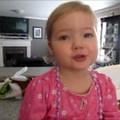 Robban a cukibomba - 2 éves kislány Adele-t énekel :)
