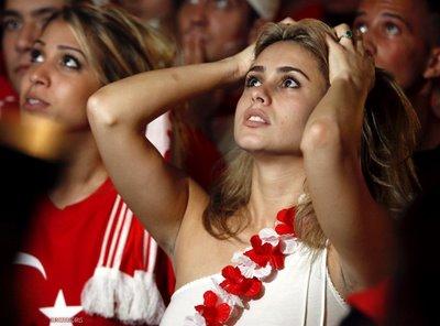 turkish_football_girl.jpg