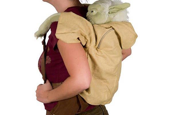 yoda-backpack-plush-2.jpg