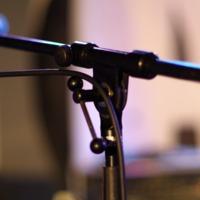 Fontostárgyak -mikrofonállványtartó láda