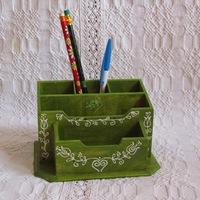 Ötletes barkácspraktikák: ceruzatartók