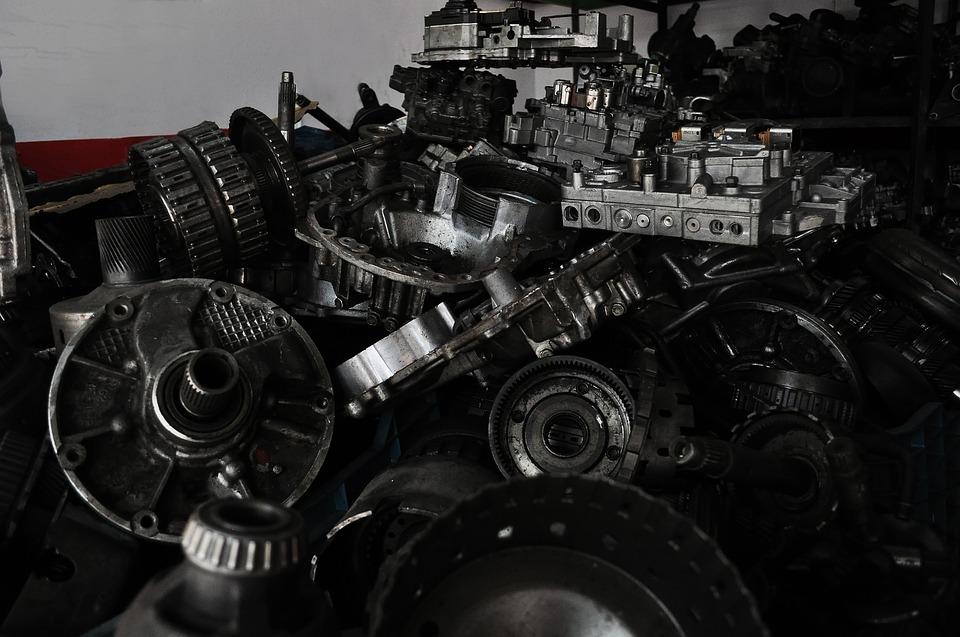 spare-parts-2774041_960_720.jpg