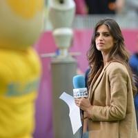 Sara Carbonero a spanyolok EB meccsén
