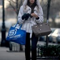 Irina fehér bundában