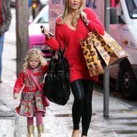 Ma ünneplik Gerrardék lányuk, Lily-Ella 6. születésnapját