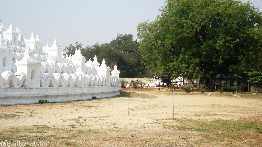 Hsinbyume paya és pálya (Mingun, Mianmar)