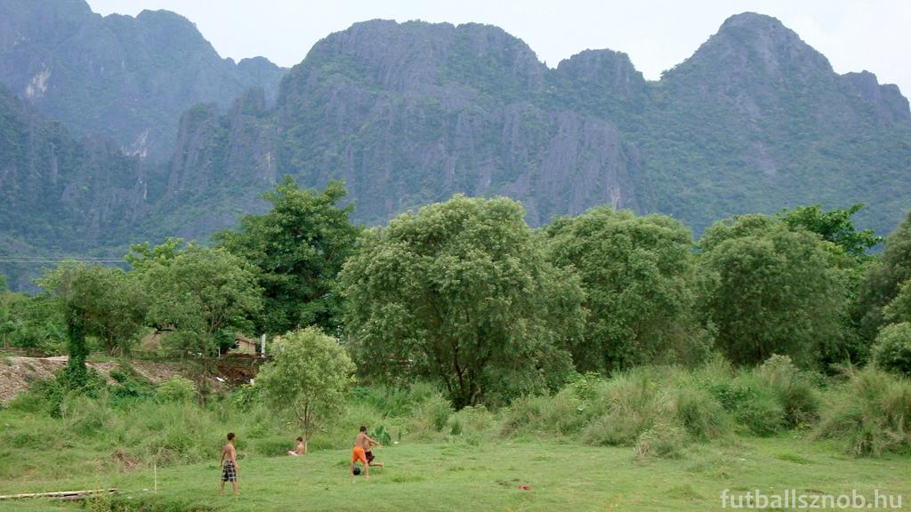 Tökéletes tájkép (Vang Vieng környéke, Laosz)