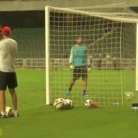 Egy újabb pofátlanul nagy gól Zlatantól