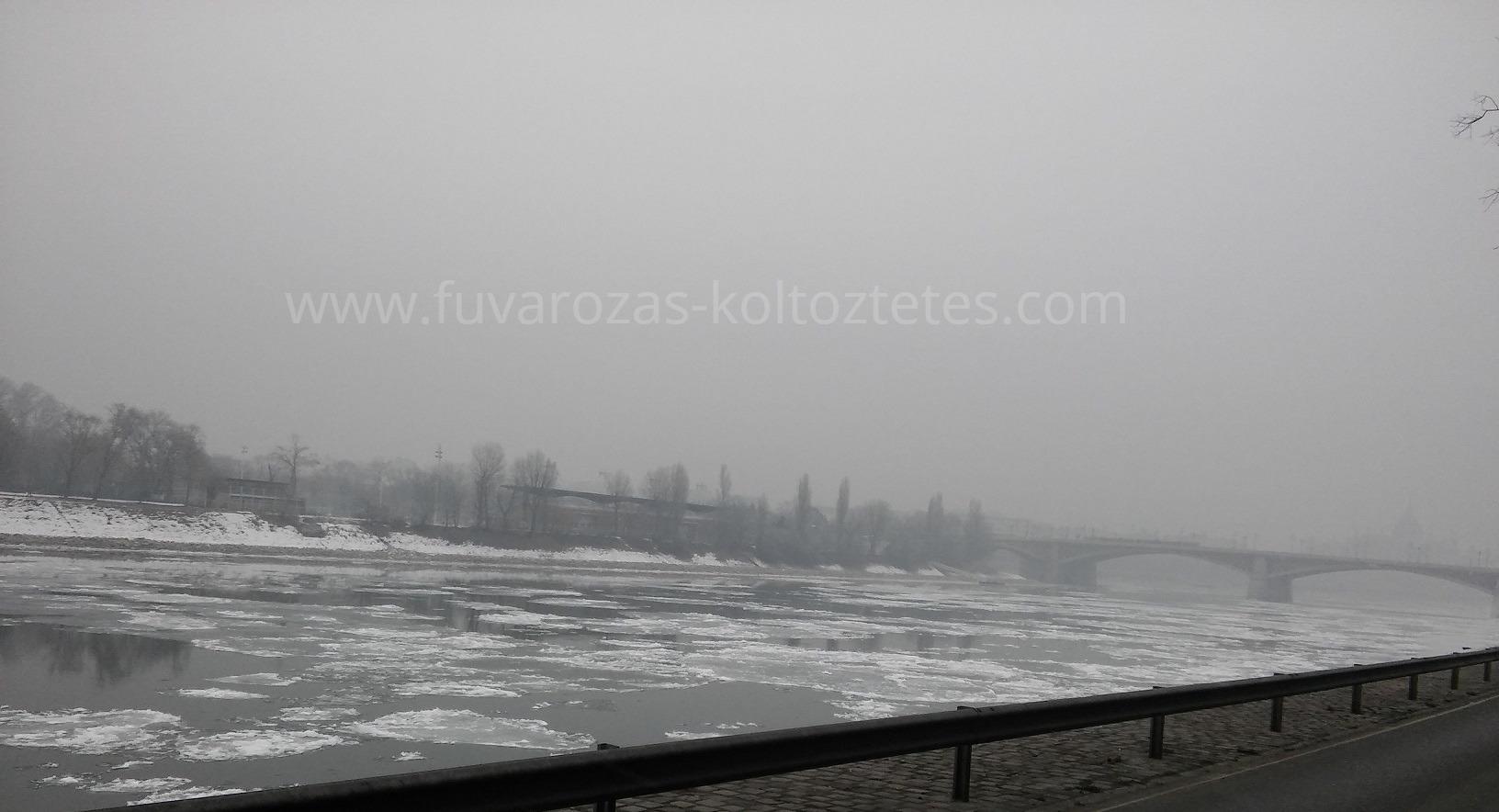 Költöztetés Budapesten.