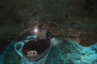 A Tapolcai-tavasbarlang | Csónakkal a Balaton-felvidéki város utcái alatt