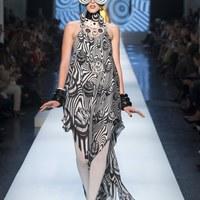25 elképesztő szett Gaultier bemutatóján