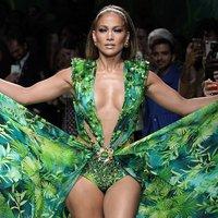 A Jennifer Lopez inspirálta Versace kollekció