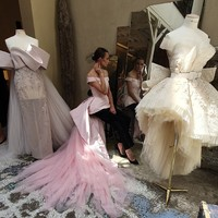 A Paris Fashion Week exkluzív couture prezentációja
