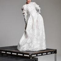 Vivienne Westwood környezetbarát menyasszonyi ruhái