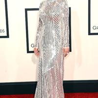 Fashion show a Grammy vörös szőnyegén