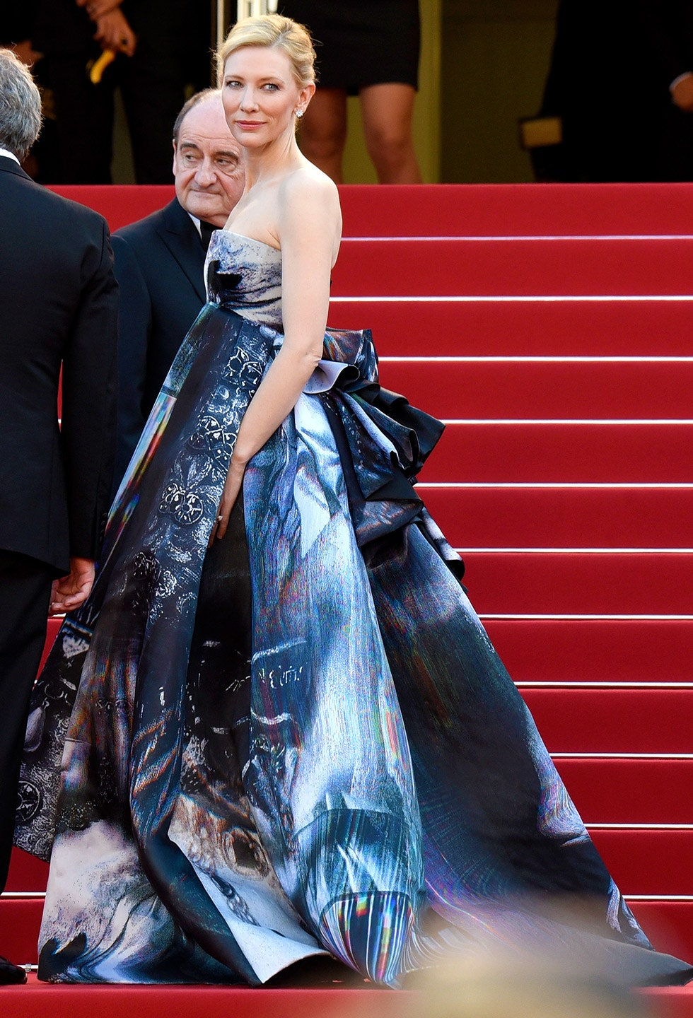 32_a_billowing_giles_gown_was_the_perfect_choice_for_the_carol_premiere_at_the_2015_cannes_film_festival.jpg