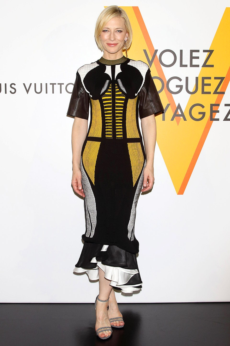 35_perfectly_complementing_the_step-and-repeat_she_wore_a_black_white_grey_and_yellow_louis_vuitton_dress_to_celebrate_an_exhibition_in_honor_of_the_designer_louis_vuitton_exhibition_2016.jpg