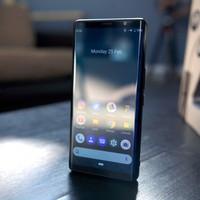 Üzleti telefon modern köntösben, bemutatkozott az F(x)tec Pro1