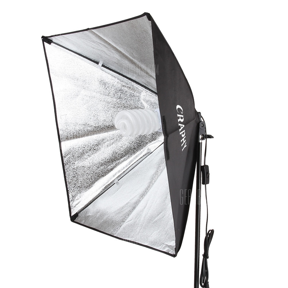 craphy_700w_photography_continuous_softbox_2.jpg