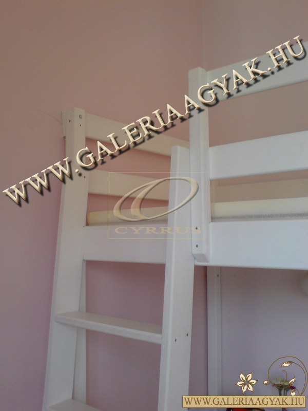 galeriaagy-feher-fedofestekkel3.jpg