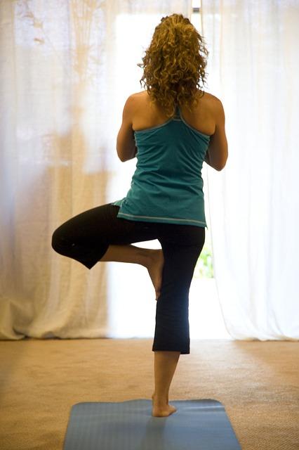 yoga-263679_640.jpg