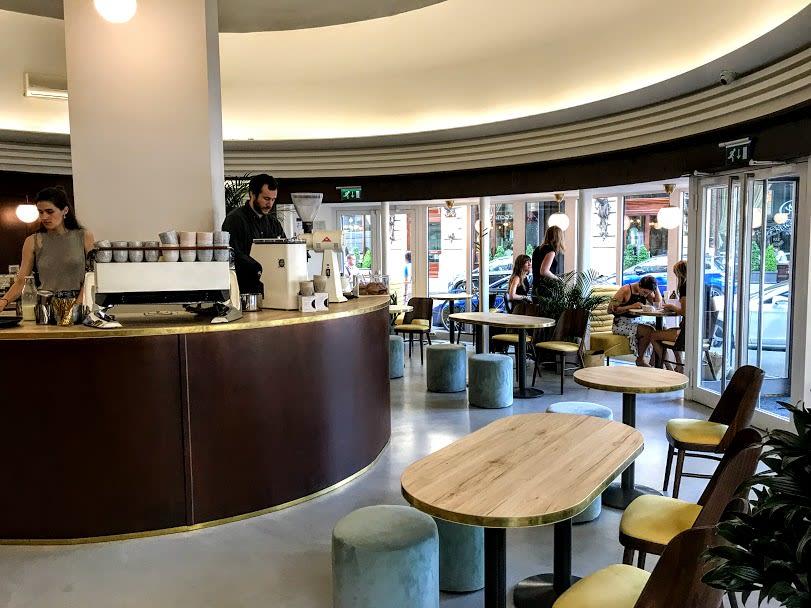 horizont-cafe-budapest-11.jpg