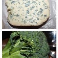 Rokfortos brokkoli krémleves