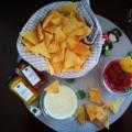 Házi tortilla chips pikáns mártogatósokkal