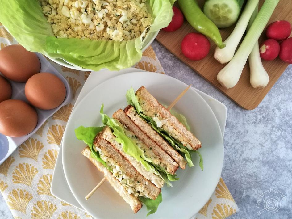 Ízletes és egyszerűen elkészíthető tojáskrém tavaszi zöldségekkel