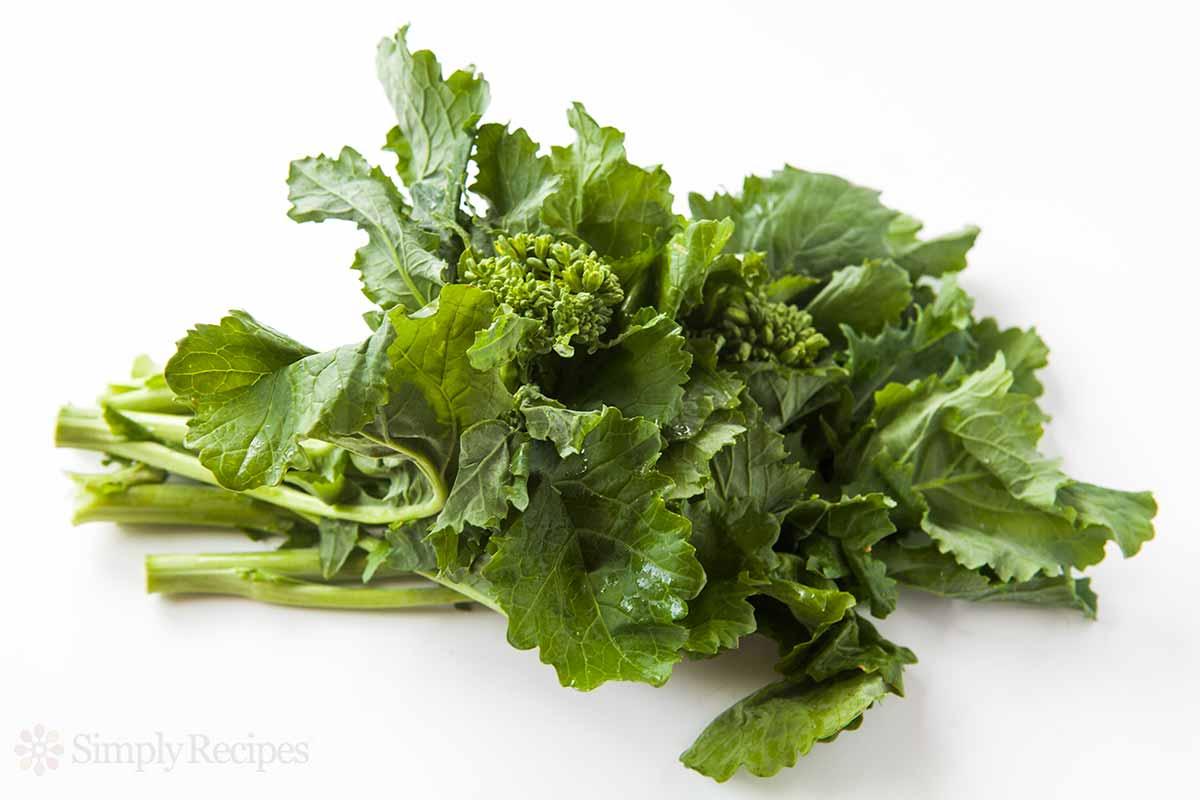 broccoli-rabe-caramelized-onions-horiz.jpg