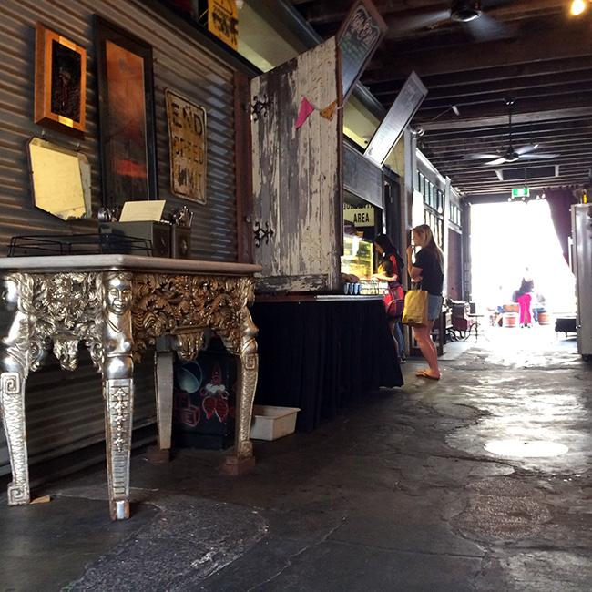 mooreandmoore_fremantle-coffeeshop-06.jpg