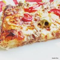 Egy kis tonhalas pizza a szombat esti filmezéshez!